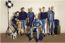 The diversity of sitting pose mannequin.