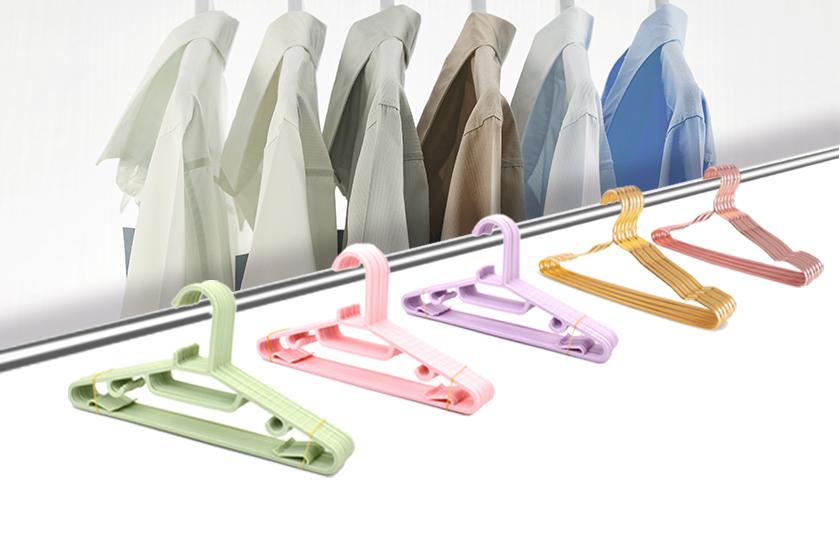 Foam hangers