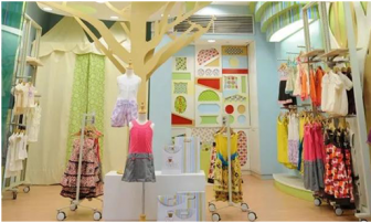 Design and decoration of children's clothing store